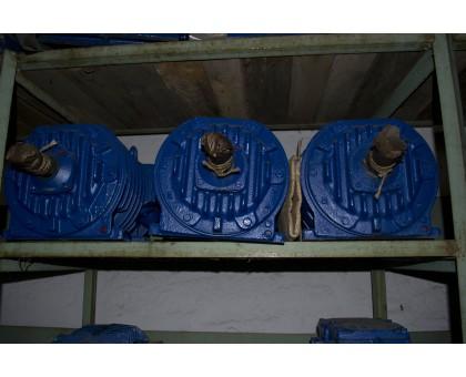 Электродвигатель АРМ 42-4 1,1 кВт. 1320 об/мин производитель Сибэлектромотор
